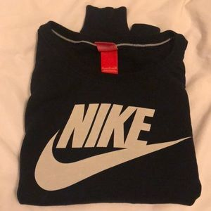 Nike classic sweatshirt